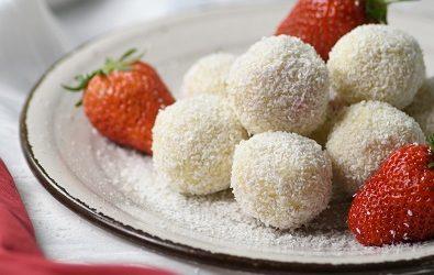Kokos kuglice sa bijelom čokoladom